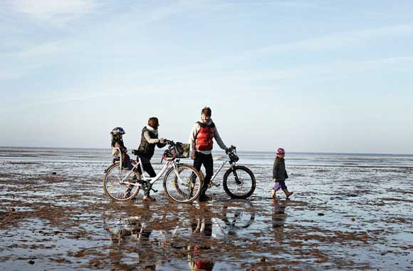 The-Wadden-Sea-holland-family-3